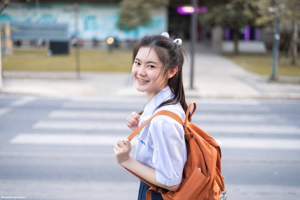 6e03c04cc Open the school for a while, then the cute girls will dress the students to  school. I need a picture. Update to friends. Have a look The album includes  a ...